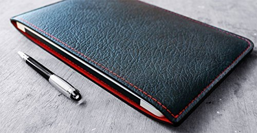 Classic-Sleeve-for-Apple-MacBook-and-MacBook-Pro-Personalized-BlackRed-GQ-100-BEST-THINGS-IN-THE-WORLD-2018-0