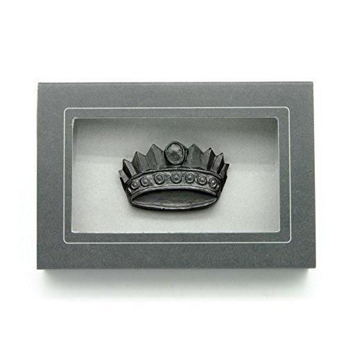 Graphite-Crown-Sculpture-and-Pencil-0
