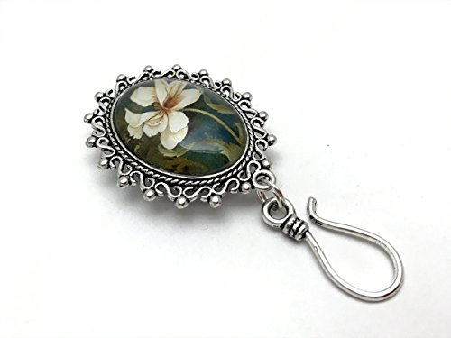Hibiscus-Flower-Portuguese-Knitting-Brooch-Clip-On-ID-Badge-Holder-0