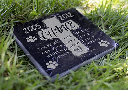 Memorial-Pet-Headstone-We-Hold-in-Our-Hearts-D20-0