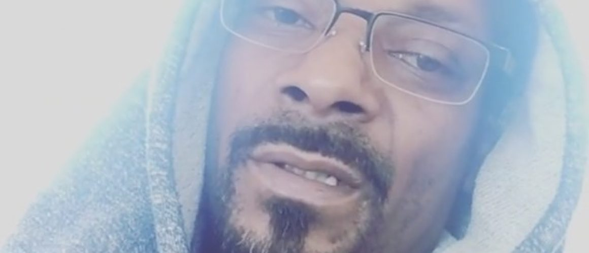 snoop-dogg-says-hes-moving-to-toronto-after-trump-2-9351-1478826974-6_dblbig