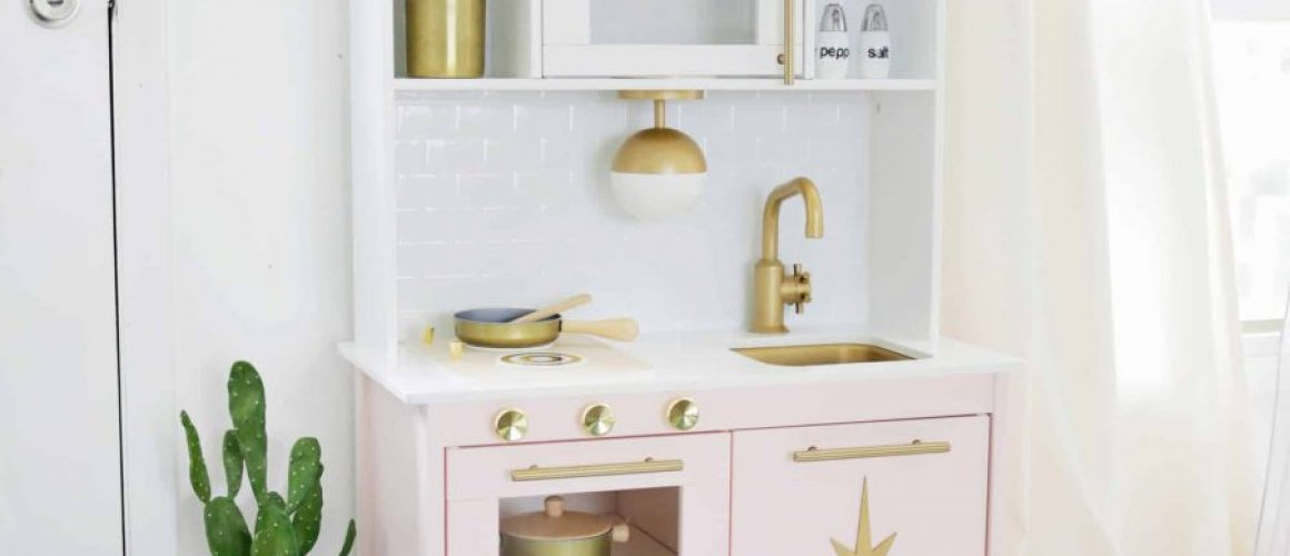 Mid-Century-Modern-Ikea-Play-Kitchen-Hack-click-through-for-more-1-15