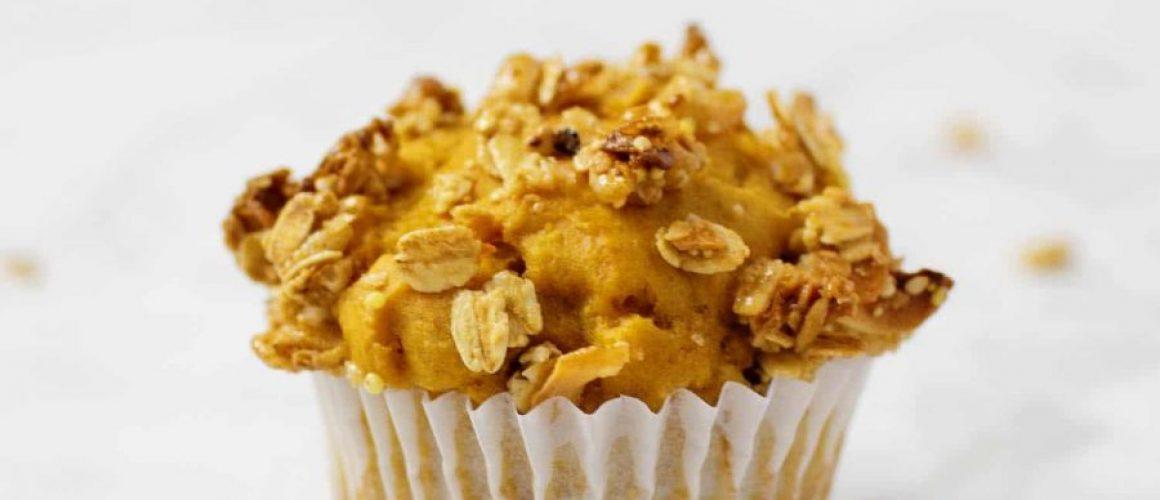 easy-breakfast-pumpkin-muffins