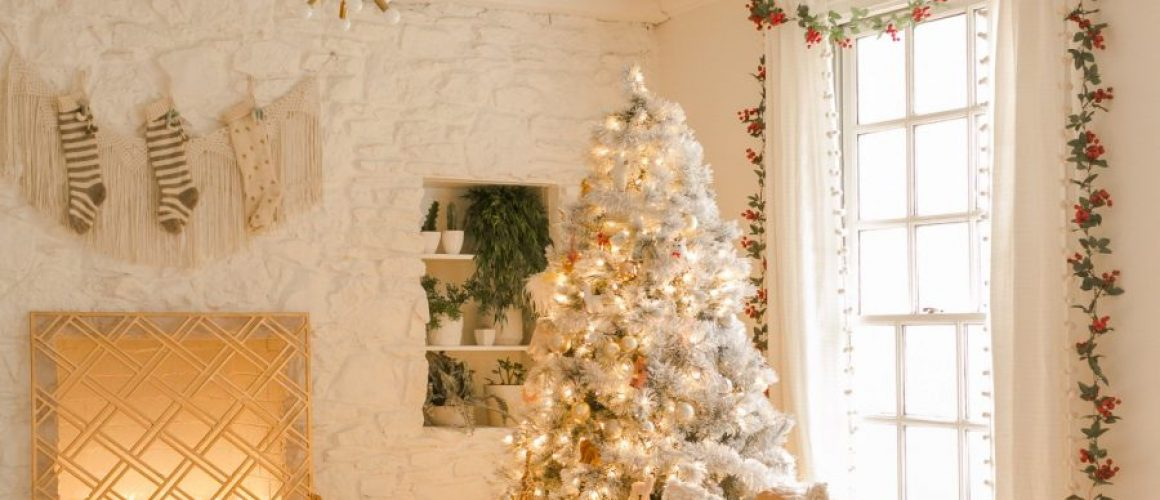 Elsies-Holiday-Living-Room-Tour