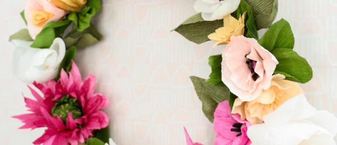 How-to-Make-a-Paper-Flower-Wreath-1-16