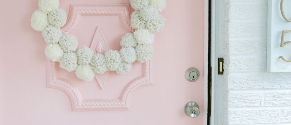 Bunny-Pom-Pom-Wreath-DIY-click-through-for-tutorial-1-10