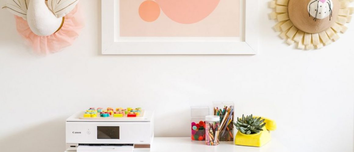 How-I-Share-My-OfficeCraft-Space-With-My-Toddler-click-through-for-tips-1-4