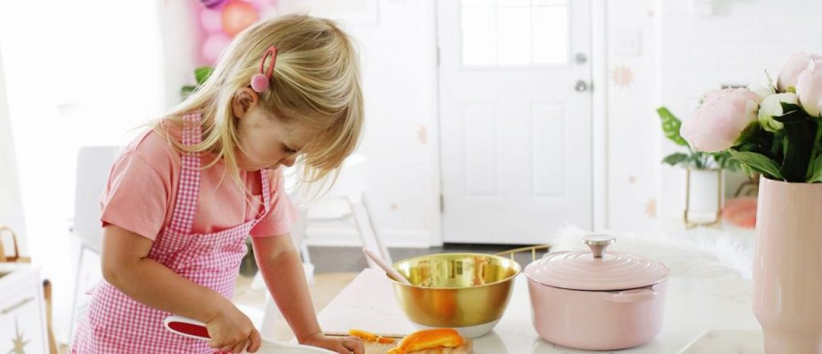 How-To-Start-Kids-Helping-In-The-Kitchen-click-through-for-more-1