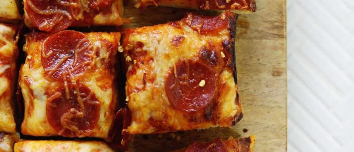 deep-dish-pizza-